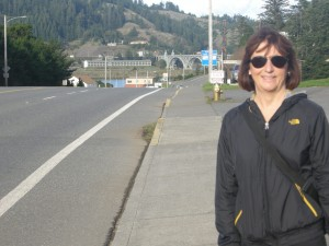 Gold Beach - the bridge crossing the Rogue River in the back ground