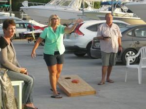 Islamorda - meting the Marina friends - Sue playing cornhole