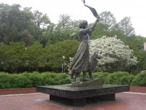 The Waving Girl - Florence Martus